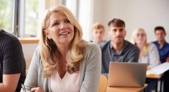 Har dere mye arbeid med kompetanseheving og interne kurs i bedriften?