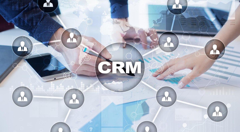 Snakker påmeldingssystemet med CRM-systemet ditt?