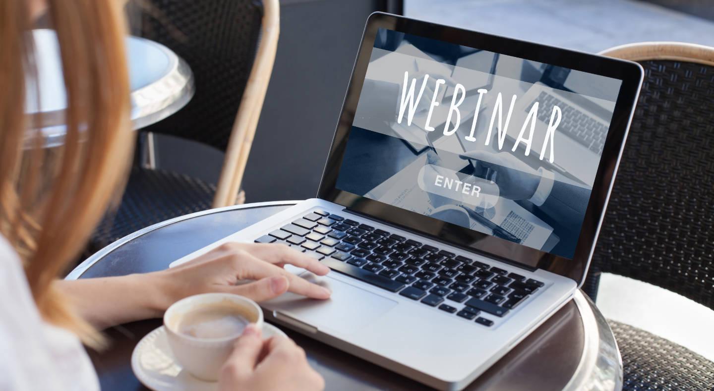 Forskjellen mellom webinar og videokonferanse